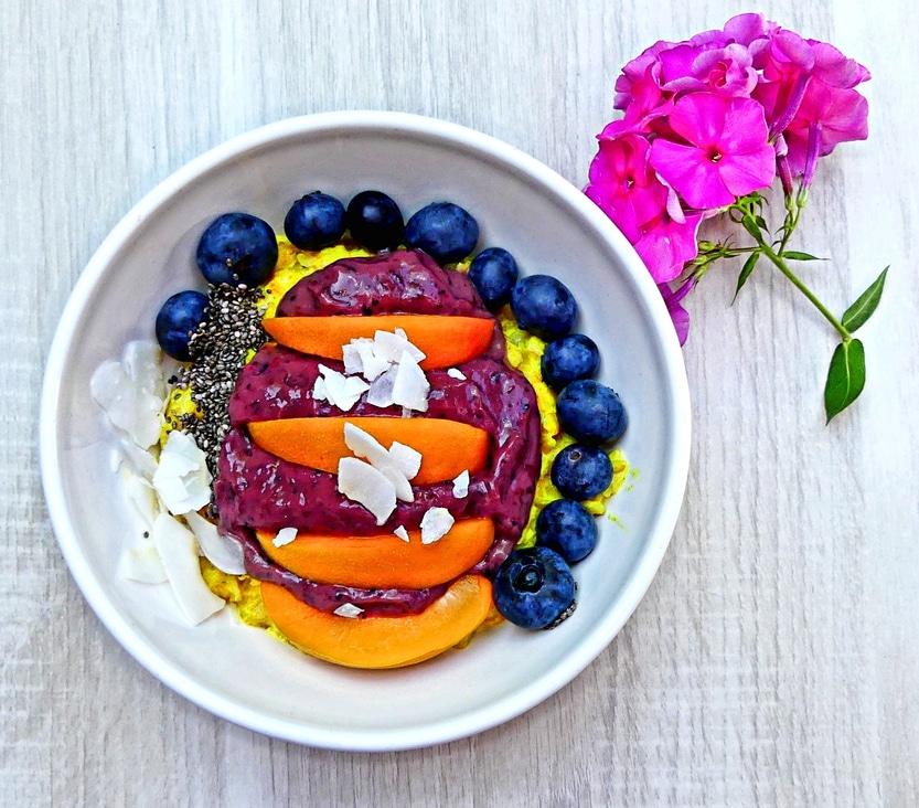 Das perfekte Frühstück – ein Schälchen Porridge-Smoothie