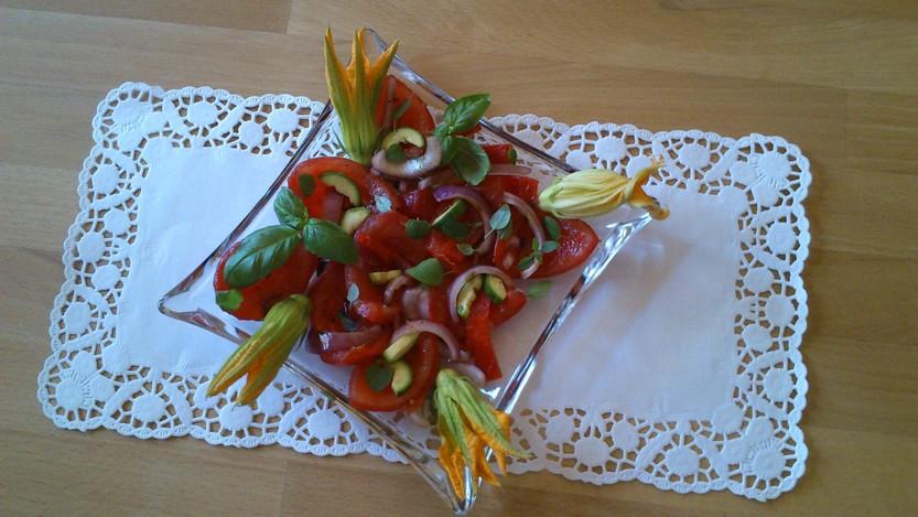 Bunter, sommerlicher Salat