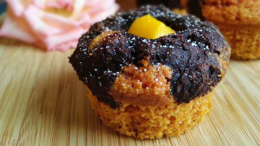 Exotische Kokos Schokoladen Muffins mit Kurkuma
