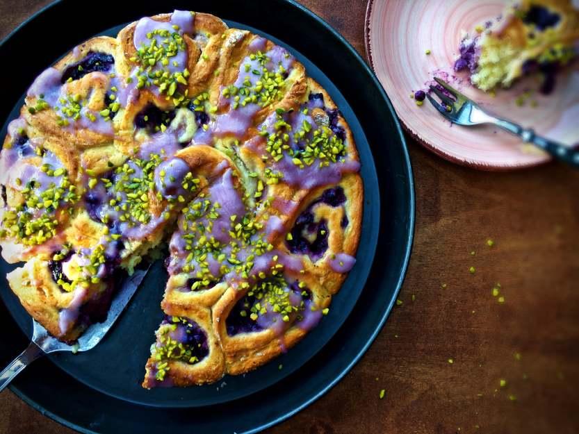 Heidelbeer Rosenkuchen - eine süße Versuchung