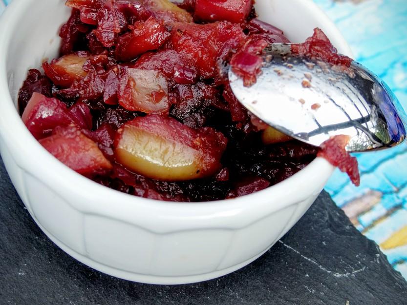 Köstliches selbst gemachtes Apfel-Zwiebel-Confit
