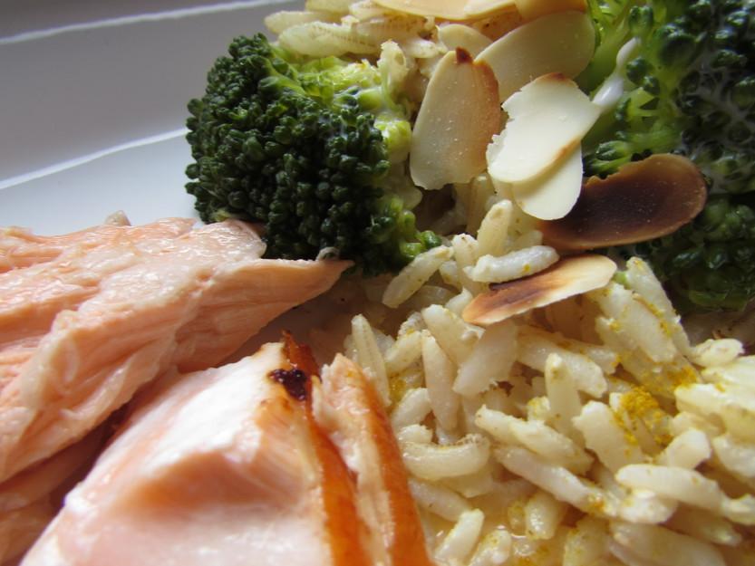 Reis-Lachs-Pfanne mit Brokkoli