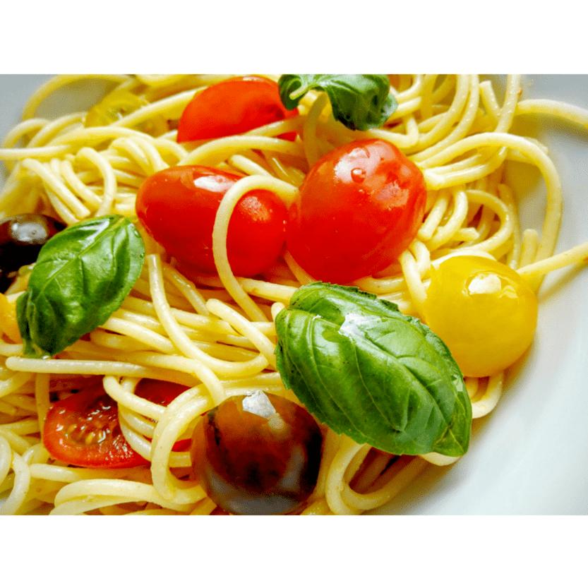 Spaghetti pomodore e basilico